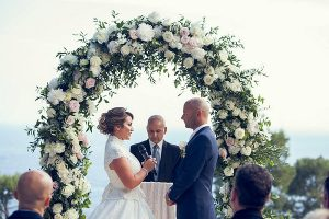 Picture of a Bride telling her Wedding Vows in a Wedding ceremony planned Wedding Event Planner Kiyoh