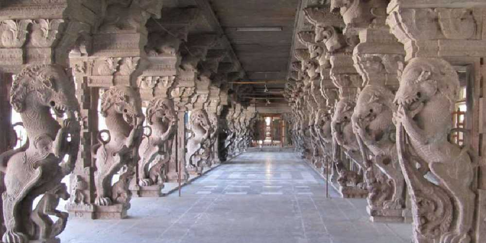 Majestic Corridor Of A Temple In Tirunelveli Containing Number Of Shrines Dedicated To Various Gods And The Pillars With Wonderful Sculptures.